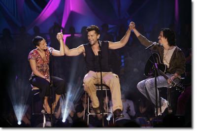 Lo nuevo de Ricky Martin y La Mari de Chambao